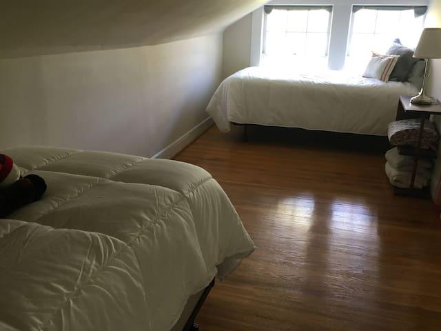 Twin Room - 2nd Floor