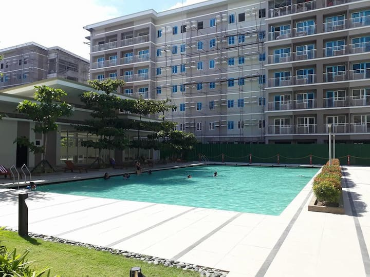 Doc's Place 3 @ Trees Residences