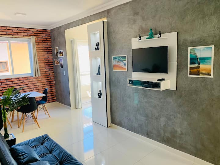 Beautiful apartment w/ Netflix and internet 200mg.