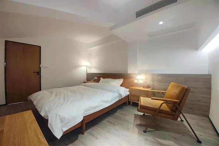 Υπνοδωμάτιο 9
