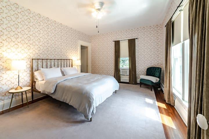 Second floor queen bedroom east