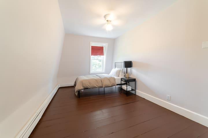 Third floor single bedroom
