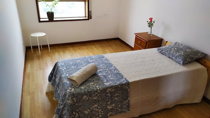 Single room for 2 in Braga