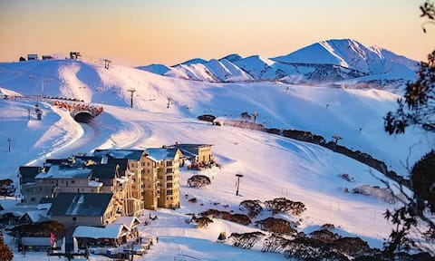 Ski Studio with Stunning Views, High on Mt Hotham