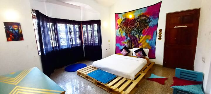 ECLECTIC BOHO lavish bedroom in a villa with WIFI