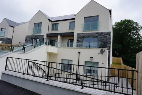 ★Luxury Apartment walking distance to Donegal Town