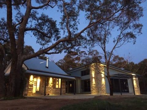 Benny's Retreat Luxury Bushland Escape
