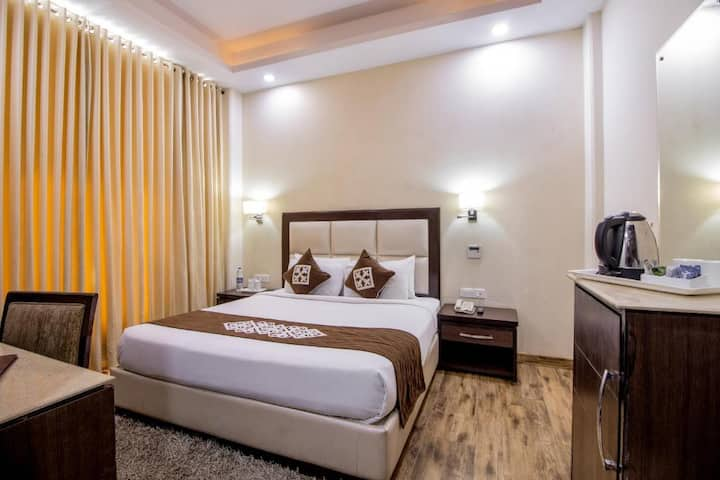 3 X FAMILY ROOMS W BREAKFAST & VALLEY VIEW- SHIMLA