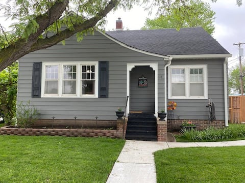 Cute and Cozy:  Central McPherson