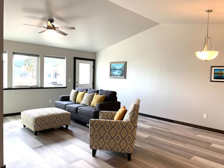 Conveniently Located South Kalispell Townhome