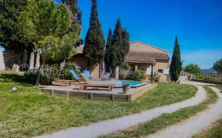Maison spacieuse, domaine naturel, sud de France