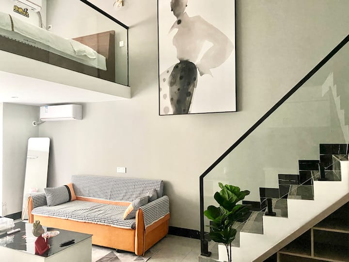 『三只猫』Loft复式公寓  双层双卧  轻奢风  可做饭