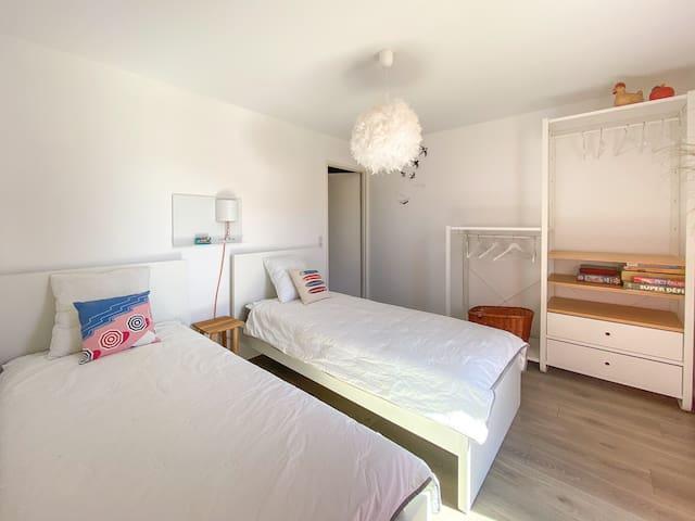 Chambre 2 avec lits simple 2x90