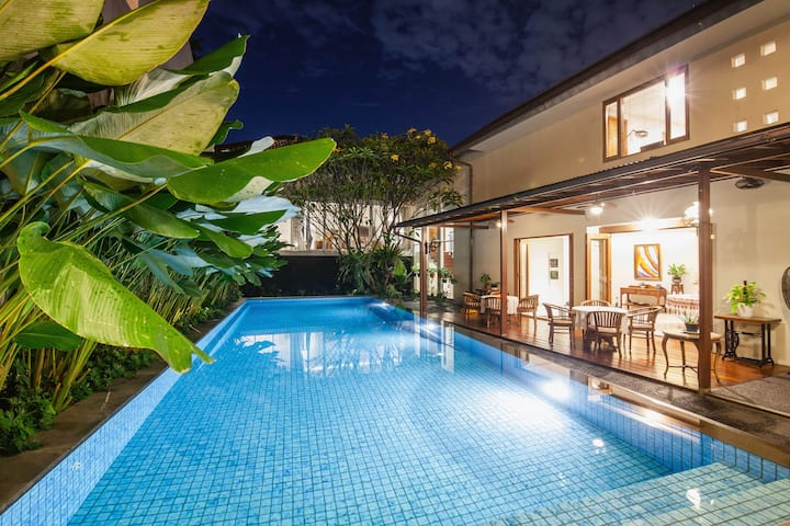 Grandeur 5-BR Private Pool, Near Pondok Indah Mall