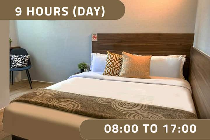Double Room, 9 Hours: 8AM-5PM at Bugis MRT