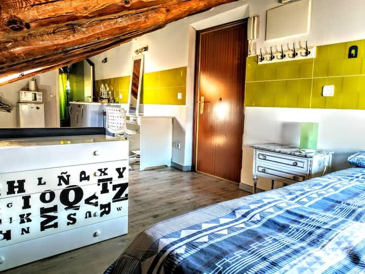 Cozy attic apartment in La Latina