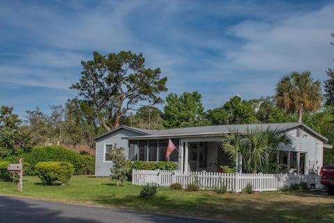 sandhill crane cottage