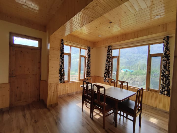 Workation Haven - Wooden Rustic 2BHK - Valley View