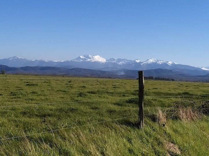 Maison de campagne vue sur les Pyrénées