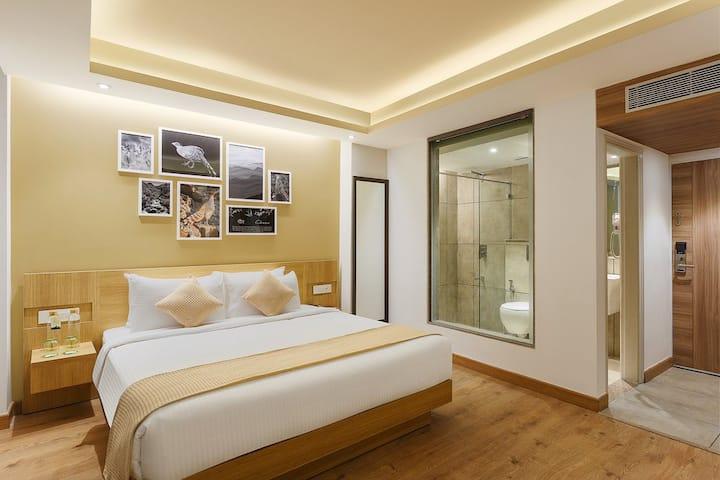 3 BOUTIQUE ROOMS w BFAST & VIEW-MOSHABRA