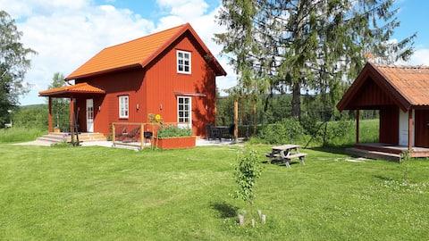 Sunne附近漂亮的小屋