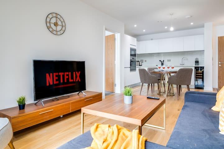 Grandeur Luxury  | Parking | Netflix | Fast WIFI
