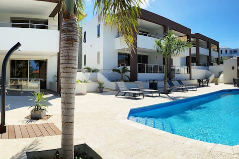 Xanadu Apartments at Blue Bay Golf & Beach Resort