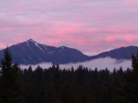 Seeley Lake Vacation: Whitetail View