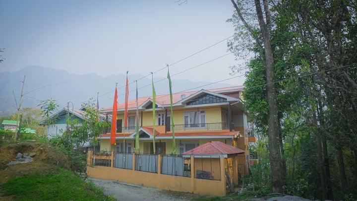 An Abode in the Mountains (Martam Village)