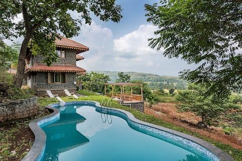 3BR Instagram worthy Infinity Pool villa near Pune