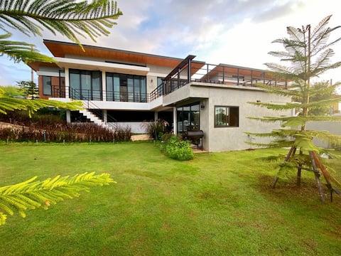 Luxury Villa in Khao Kho บ้านพักตากอากาศ เขาค้อ