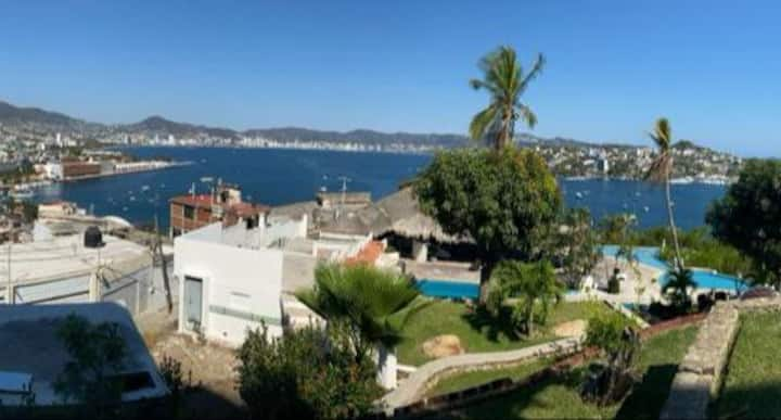 SUITE IMPECABLE CON VISTA PRIVILEGIADA DE ACAPULCO