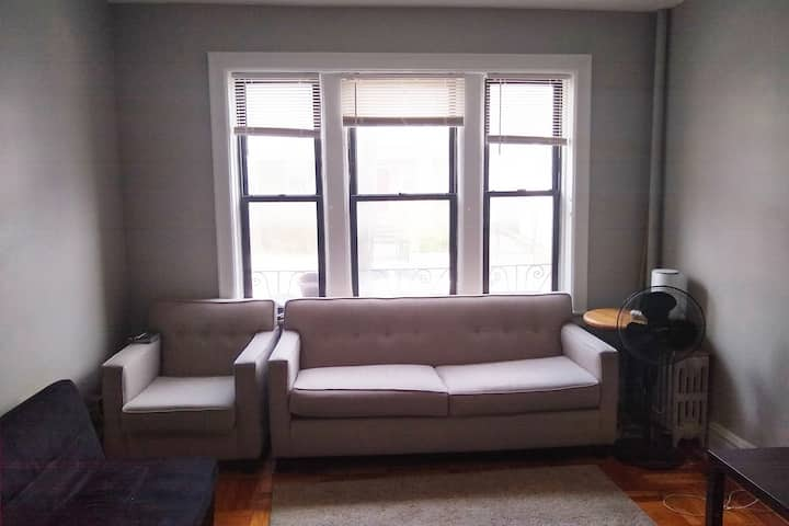 Furnished1BR, 20min walk JSQ, Nearby Bus-station!!