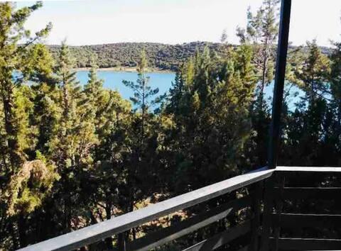 Casa con magníficas vistas y embarcadero privado