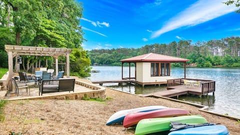 AQUA VISTA Luxury Lakefront at Holly Lake Ranch