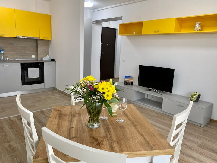 Snagov Lake Luxury Apartment with garden view