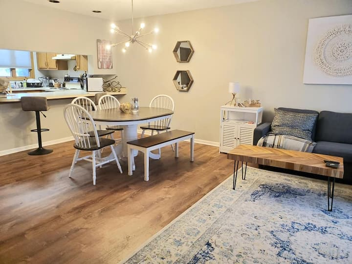 Spacious and Cozy Townhome at the Woods Resort