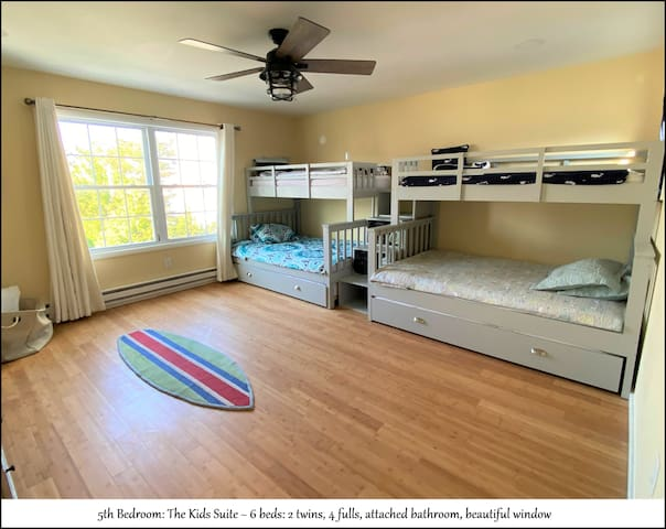 Bedroom #5 of 5 - Kid's Suite with 6 Beds and attached bathroom. 2 Twin and 4 Full Sized Beds.