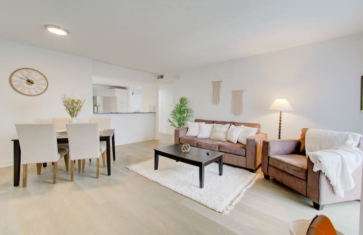 Cozy living/dining area.