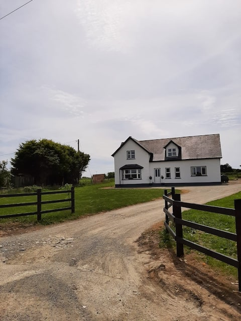 Detached house with large garden Kilmore