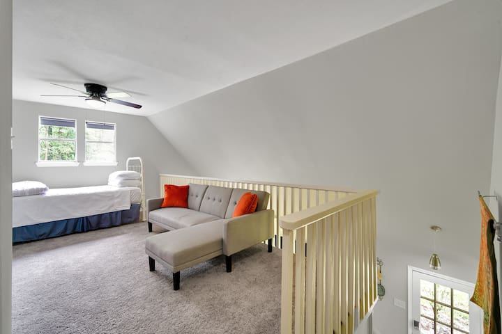 Upstairs bedroom loft has a Twin size bed, a fold down futon, and a twin air mattress. Perfect for kids!