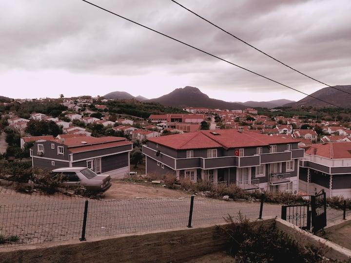 Merkez denize yakın bahçe dubleks apartman dairesi