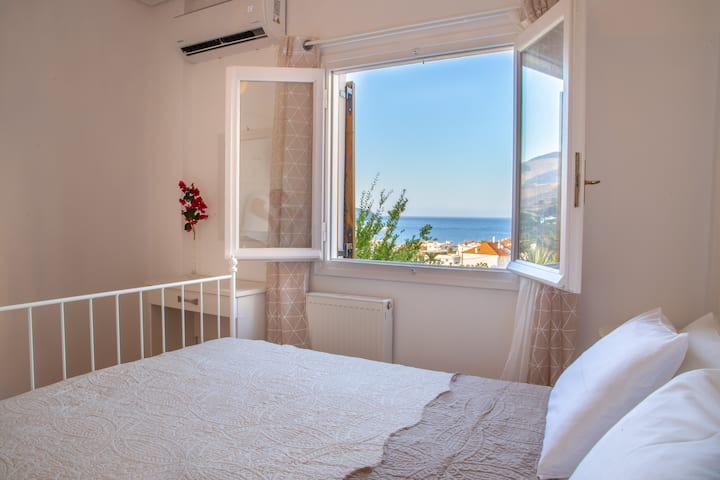 Seaview House in the centre of Chora,Andros