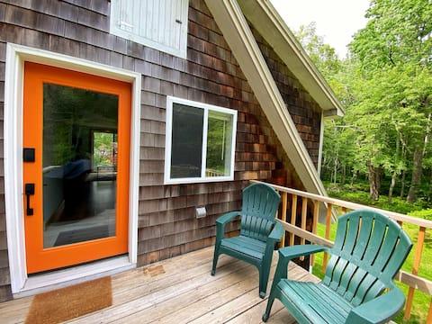 New Lake House Retreat on Hobbs Pond