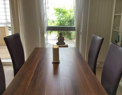 Lounge con jardín de bambú