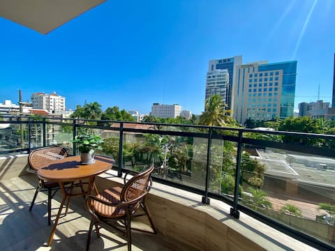 Great Location - Pool - Jacuzzi - Gym - Rooftop