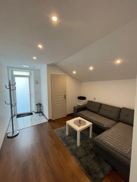 Studio privé 850m centre Vesoul