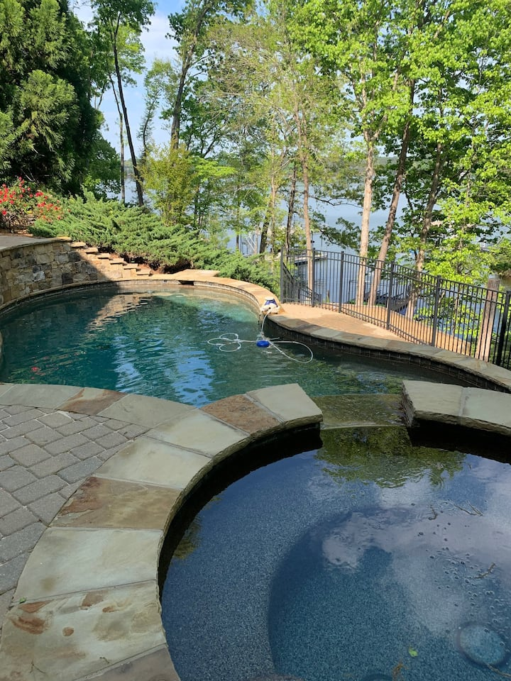 The hot tub at night is fantastic and has a wonderful view of the lake. You can see the lights on the other side. It will seat up to 6 or 8 people depending on how cozy you are.
