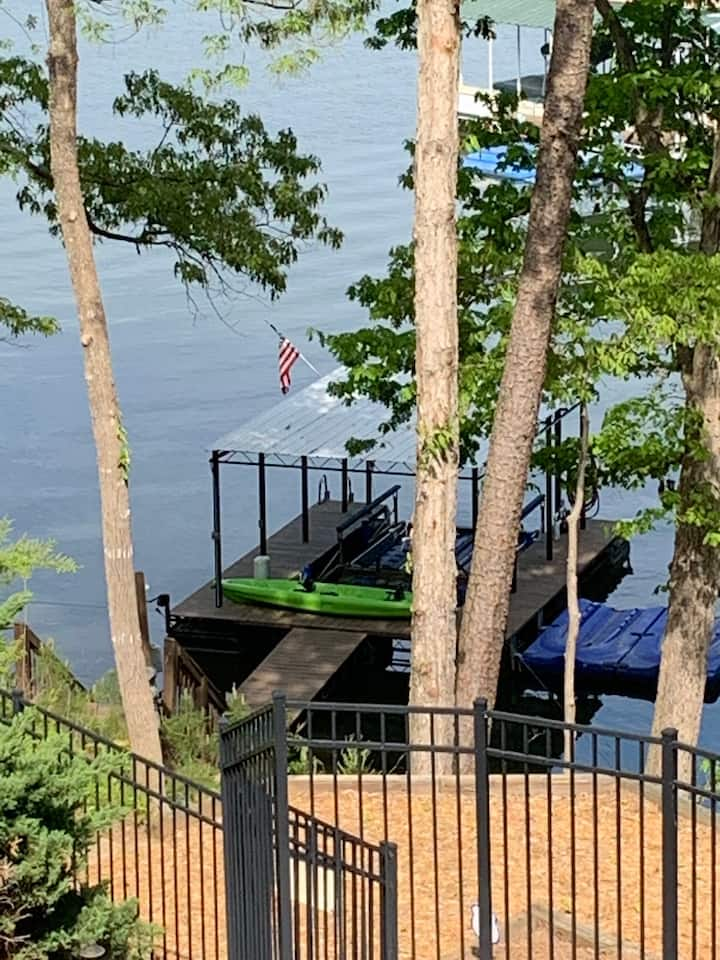 Dock is right next to the pool a few steps away. The view out to the lake is excellent. Bring a boat.
