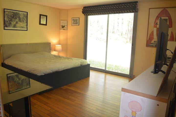 Chambre 5 - Suite parentale - Lit double